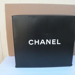 CHANEL HANDBAG PAPER BOX